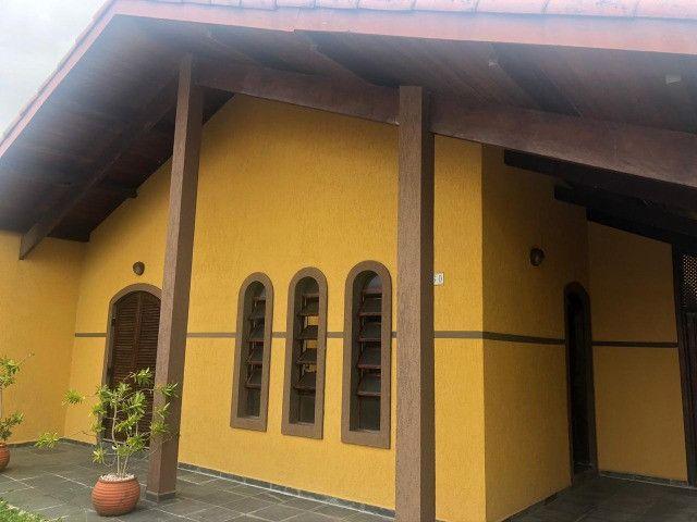 Casa mobiliada aluguel definitivo/ fixo, Peruíbe 400mts praia, 3dorm, 3vgs - Foto 2