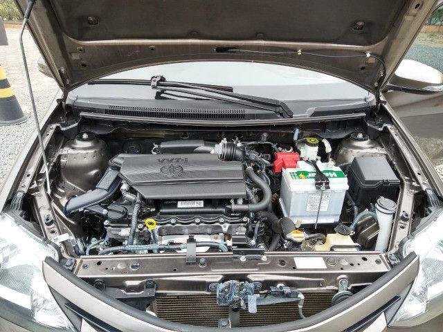 Vendo Etios Hatch 1.5 XLS Automático 2017/2018 - Foto 17