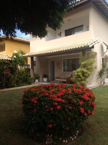 Casa em condomínio com 415m² 4/4 no Miragem