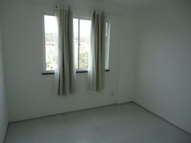 Vendo Apart 60 m2, 3 quartos, 2 banheiros 1 varanda e 1 garagem - Foto 6
