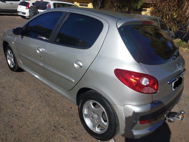 Peugeot 207 XR Sport 1.4 2010 - Foto 4