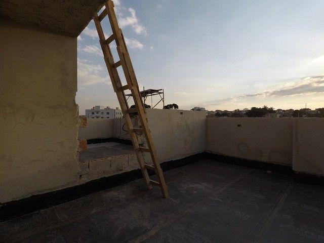Vende se Apartamento de Cobertura com 90m² 2 Quartos e 1 Vaga no Bairro Santa Mônica! - Foto 17