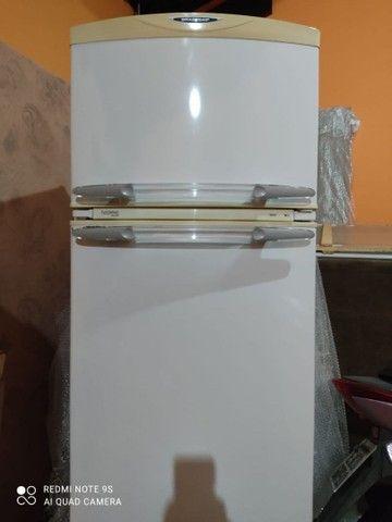 Geladeira usada em ótimo estado 360 litros - Foto 2