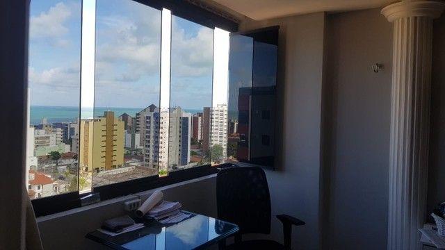 Queen Vitória- Manaíra- Cobertura Plana- 200m²- 03Qts s/ 02Sts+DCE- 02vgs - Foto 19