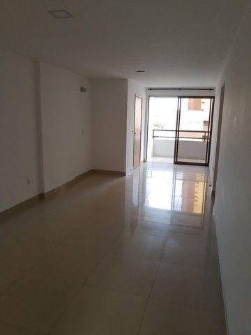 Aluga-se  excelente apartamento no Manaíra - Foto 3