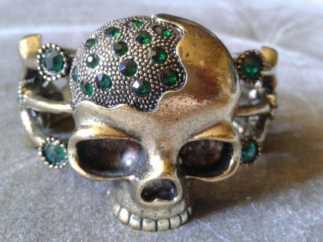 Bracelete de Caveira