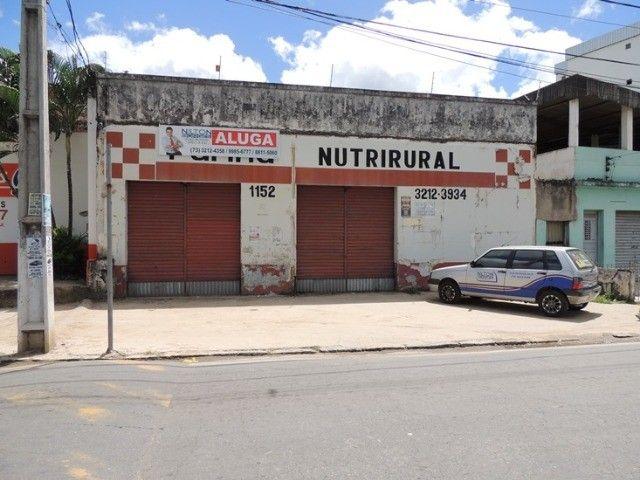 Alugo loja com estacionamento - Avenida movimentada - Foto 12