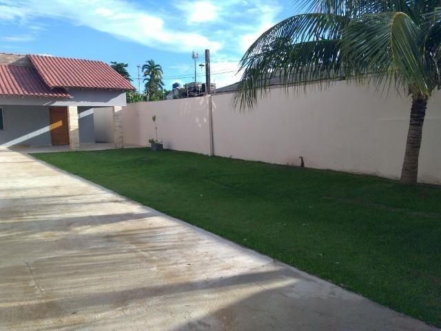 Casa otima localizacao, 3 quartos, 2 banheiros, 3 salas, 1 cozinha, area de servico, garag