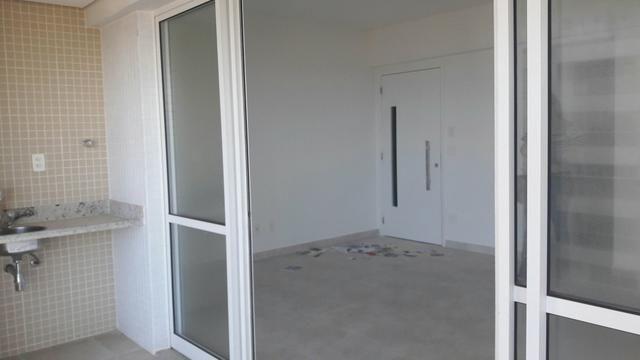 Apartamento 3/4 em Patamares, 2 vagas, vista bosque livre - Foto 7