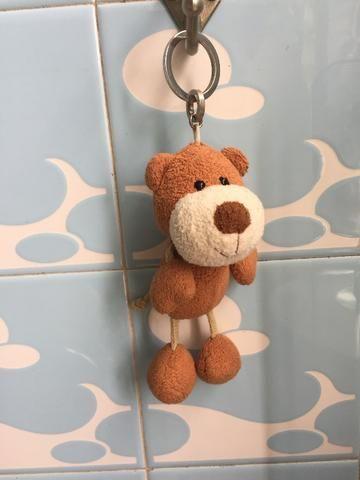 Chaveiro de urso de pelúcia