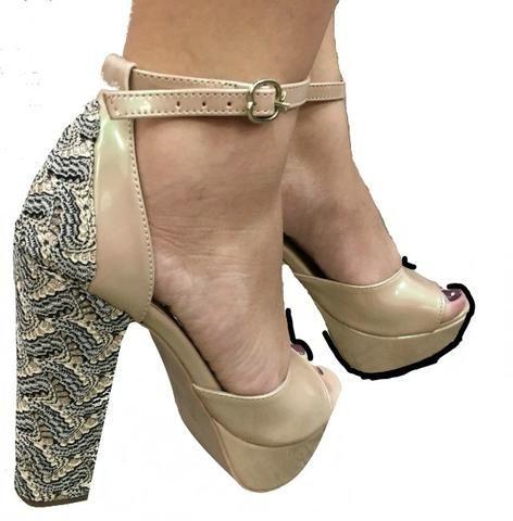 9b909d079 Sapatos Femininos Novos Liquidação Apenas r$80 cada par - Roupas e ...