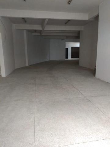 Galpão Comercial com Apartamento na área superior - Foto 10
