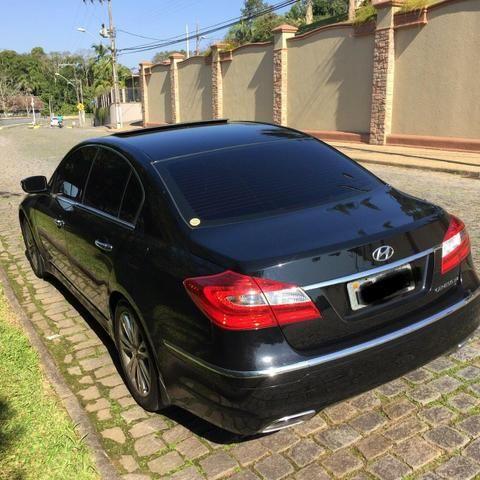 Carro Hyundai Genesis. Aceito troca por imovel (Até 150 mil) ou carro - Foto 3