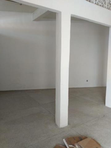 Galpão Comercial com Apartamento na área superior - Foto 12