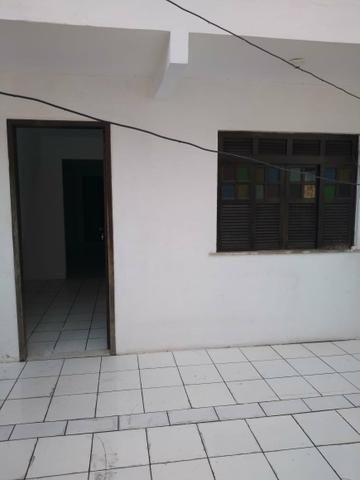Alugo casa ampla e bem ventilado - Foto 3