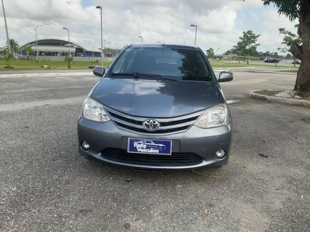 Na rafa tem!!! Toyota Etios 1.3 2013 COMPLETO