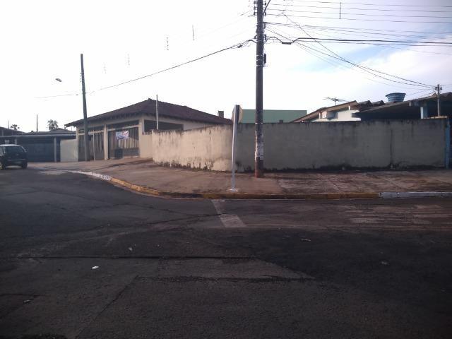 Casa ampla com espaço comercial - Foto 2