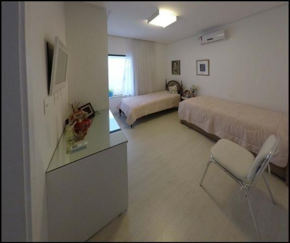 Bela Casa térrea , 240m², 4 quartos, 4 vagas, em alphaville 2/one - Foto 4