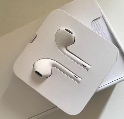 Fone de ouvido apple -EarPods Lightning