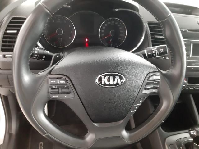 Ent. + 48x 783,32 - Kia Cerato SX Automático 1.6 2014 - Foto 2