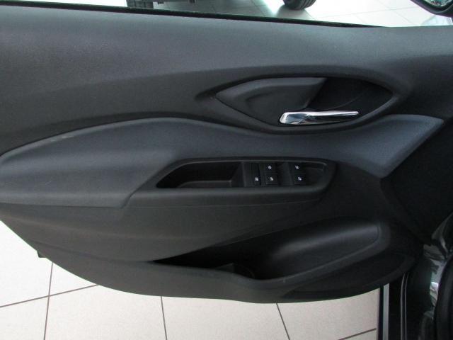 CHEVROLET Onix Hatch 1.4 4P FLEX LTZ - Foto 5