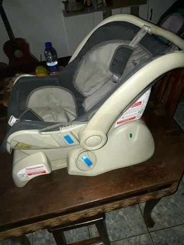 Vendo bebê conforto semi novo - Foto 2