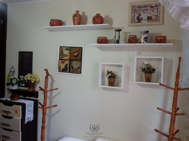 Centro de Torres, 2 dormitórios com dependência - Foto 14