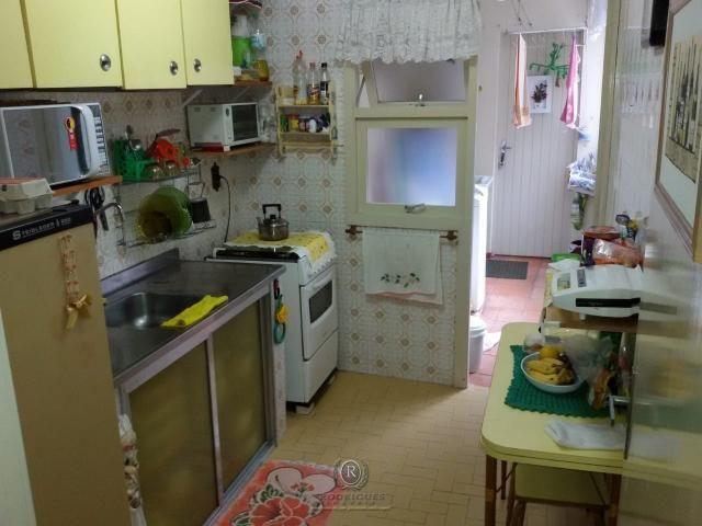 Centro de Torres, 2 dormitórios com dependência - Foto 6