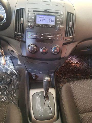 Hyundai I30 2010/2011, automatico, prata, KM 164700 - Foto 5