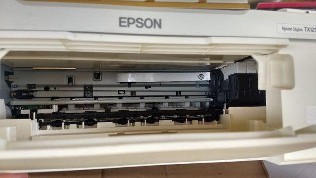 Impressora copiadora scanner Epson stylus TX123 - Foto 2