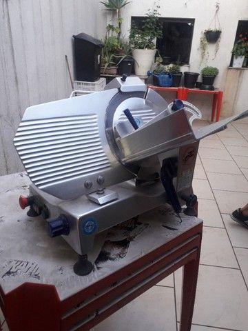 Cortador de Frios Semi Automática Gural GLP 300 - Foto 6