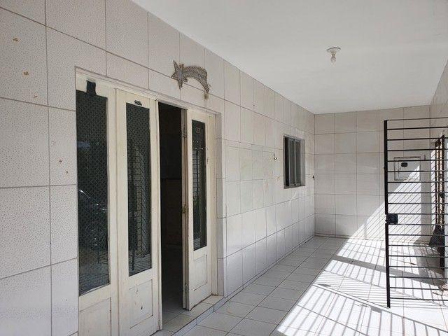 VENDA   Casa, com 8 quartos em Rio Doce, Olinda - Foto 4