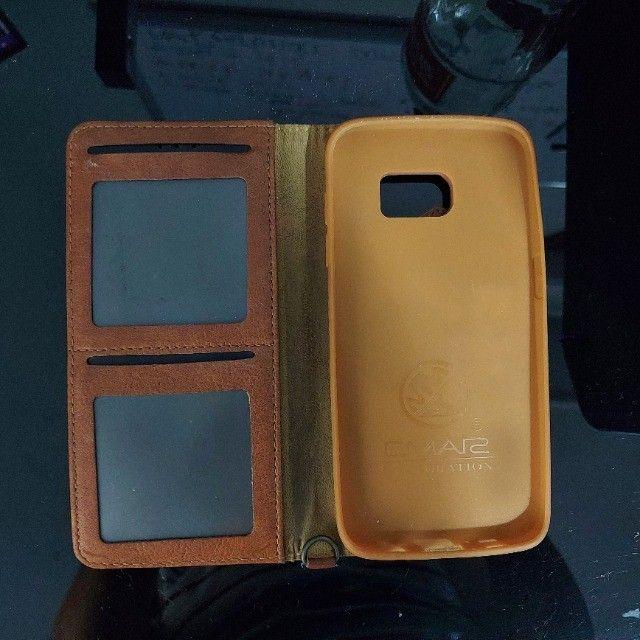 ´capa celular samsung s7 edge com porta cartões - semi novo - única unidade - Foto 2