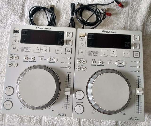 Par de CDJs 350 Branco Edition Limited
