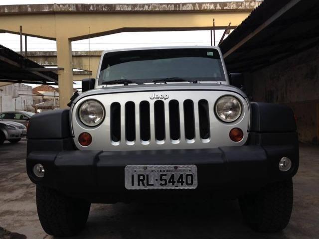 Jeep Wrangler 3.8 Unlimited Sport 4X4 Capota Dupla 1° Dono, Aautomático Ano  2011