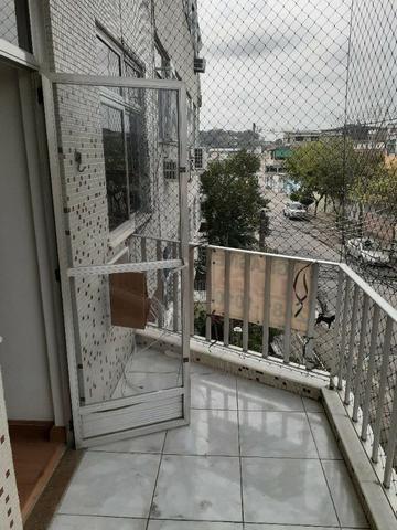 Apartamento de Frente em Irajá, 03 Dormitórios, Varanda, Garagem etc - Foto 12