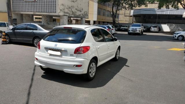 Oportunidade Imperdível! Peugeot 207 XR 1.4 Flex - Foto 3