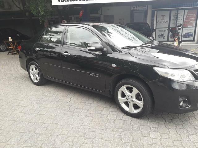 Corolla xei aut 2012 bem novinho revisado e com garantia 47.900 troco e financio - Foto 2