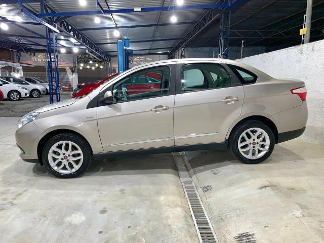 Fiat Grand Siena Essence 1.6 Dualogic - Foto 4