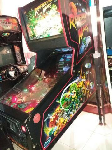 Máquina Pinball Fliperama Arcade Revenge From Mars Bally - Foto 2