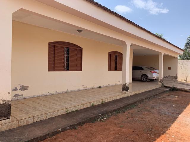 Oportunidade: Casa de 4qt, suite, laje lote 1000 metros no Setor de Mansões de Sobradinho