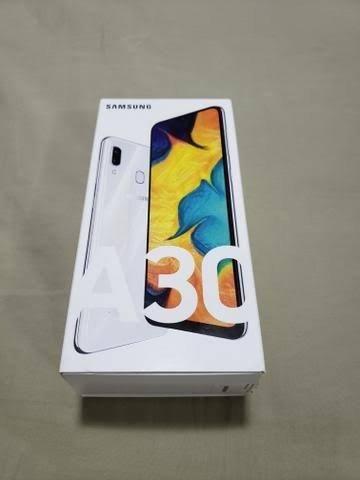 Samsung A30 - 64 GB