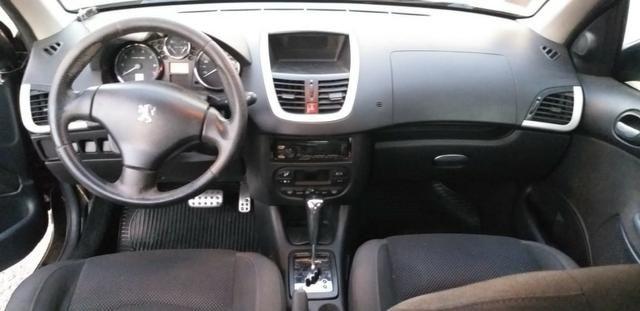 Peugeot 207 Passion (sedan) 1.6 Flex 16v 2010 - Foto 10