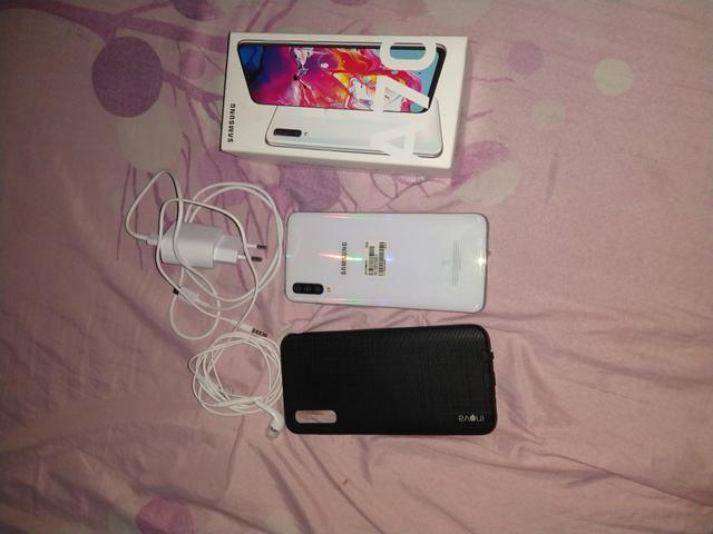 Samsung Galaxy A70 - Foto 3