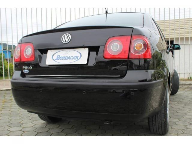 Volkswagen Polo Sedan 1.6 - Foto 10