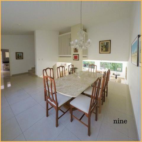 ///Bela Casa com 505m² 3 suítes condomínio fechado no horto florestal/nine