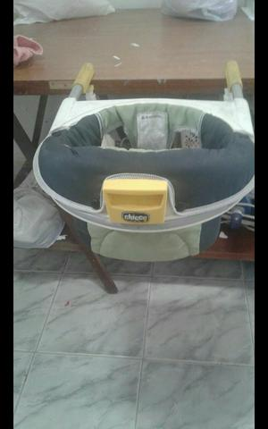 Cadeira de alimentação de bebê Chicco