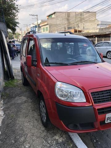 Fiat Doblò 2014 Essence 1.8 6 Lugares Aceito Trocas Moto ou Carro - Foto 2
