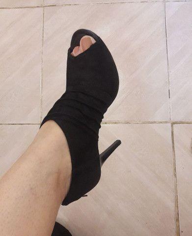 Sandália preta - Foto 5