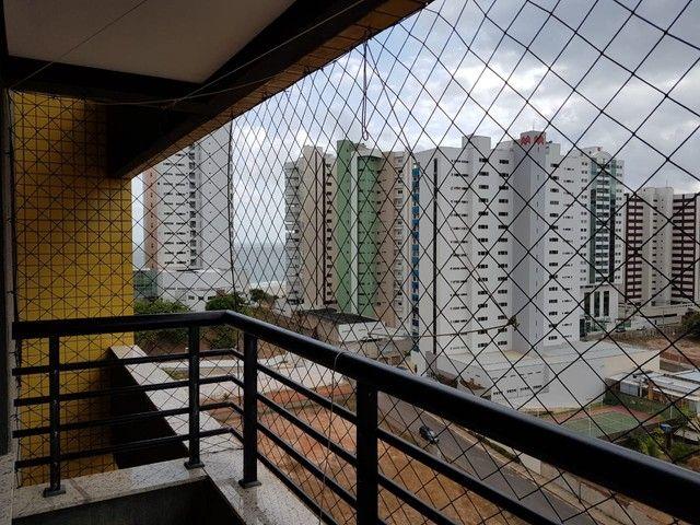 Alugo apartamento na Ponta do Farol mobiliado